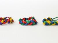 Делаем детские украшения из канцелярских предметов
