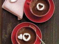Вкусный и романтичный горячий шоколад