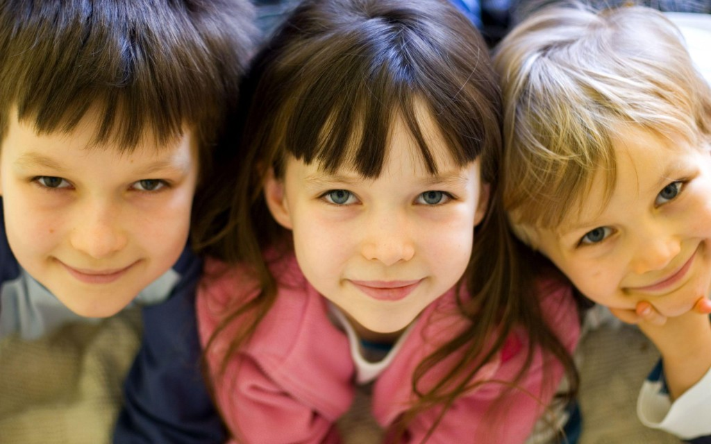 три ребенка