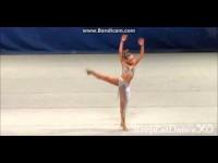 Ей всего 11 лет, а она уже такая волшебная танцовщица