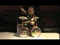 Папа готовит миру великого барабанщика