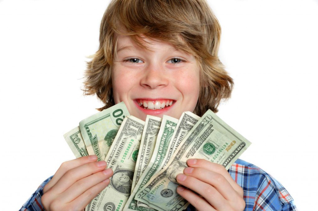 packet money How to earn pocket money though it may not be possible to get a proper job just yet, there are still ways for you to earn some spending money while helping your family and community.