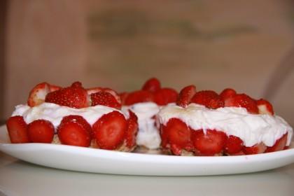 клубничный десерт 2