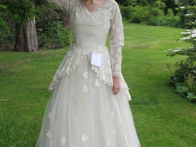 записка на свадебном платье