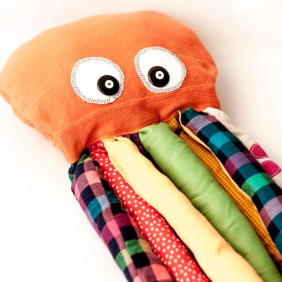 игрушечный осьминог