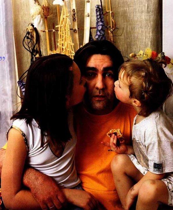 Вячеслав Бутусов и его дочки