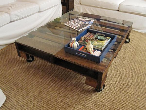 столик из поддона