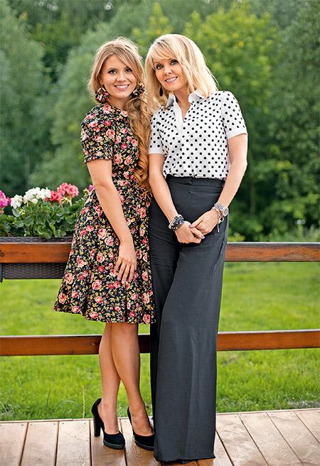 Певица Валерия с дочкой Аней