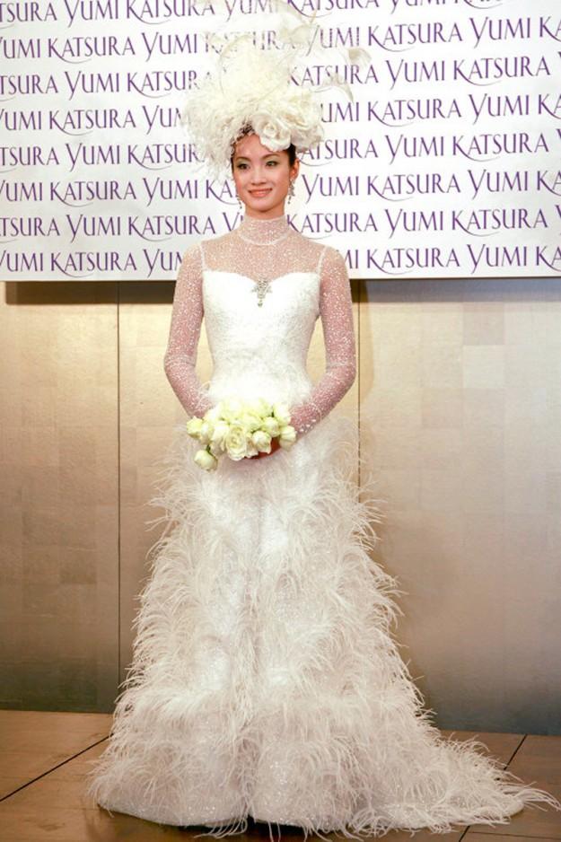 Самое дорогое свадебное платье в мире от Ginza Tanaka, обшитое бриллиантами и жемчугом. 8 300 000 долларов