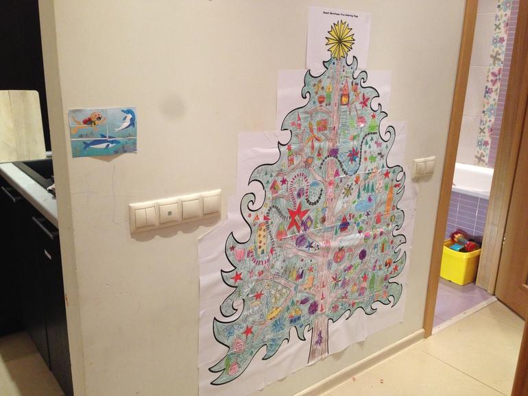 елка раскраска на стену