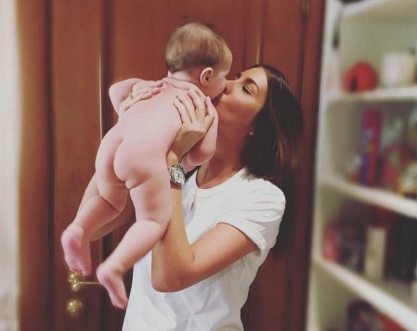 В июне 2015 в Лос-Анджелесе на свет появилась дочь Кети Топурии Оливия2