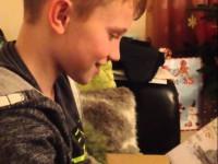 Мальчишка узнал, что станет братом. Реакция прекрасна!