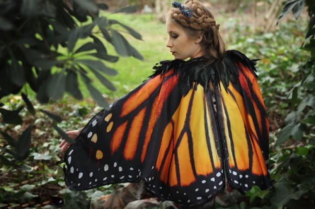 шарф в виде крыльев бабочки