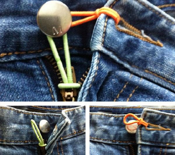Если джинсы на вас уже не застегиваются - помогут две тонкие резинки.
