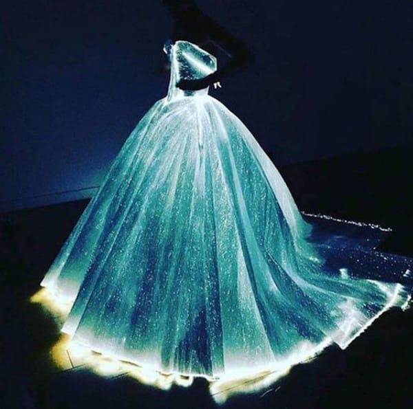 платье клэр дэйнс