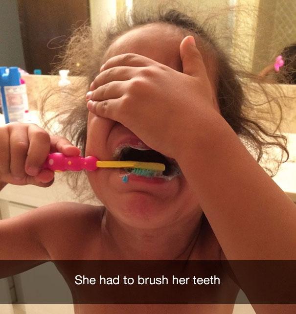 Ей пришлось почистить зубы