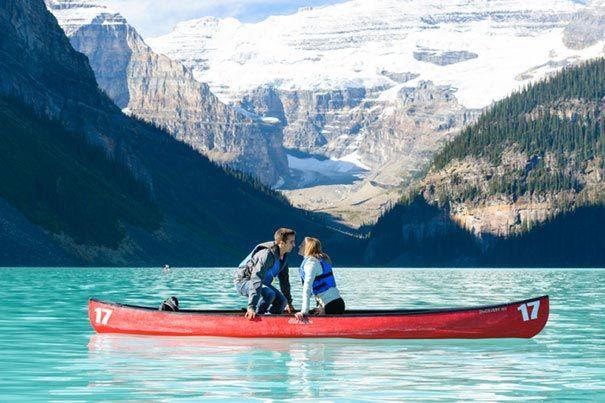 Создание семьи посреди красивого озера2
