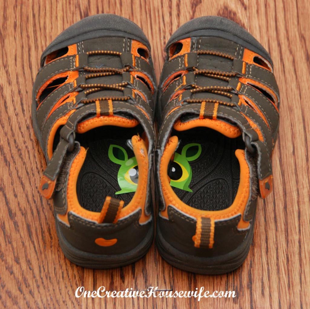 стикеры на обувь