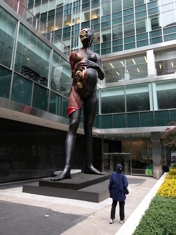 памятник беременной женщине, нью-йорк