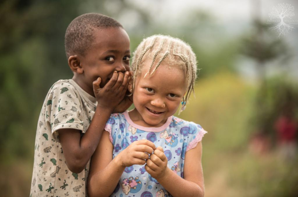 патрисия уиллок дети-альбиносы