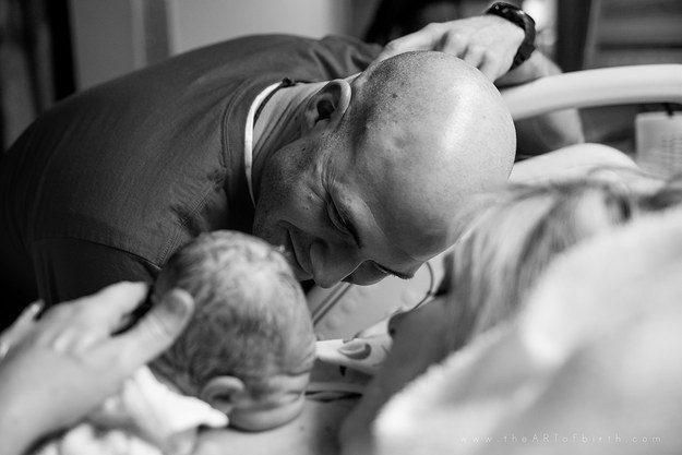 новорожденный и папа