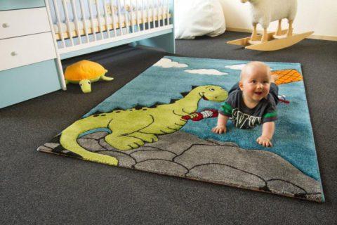 15 ярких, развивающих и развлекающих ковриков в детскую