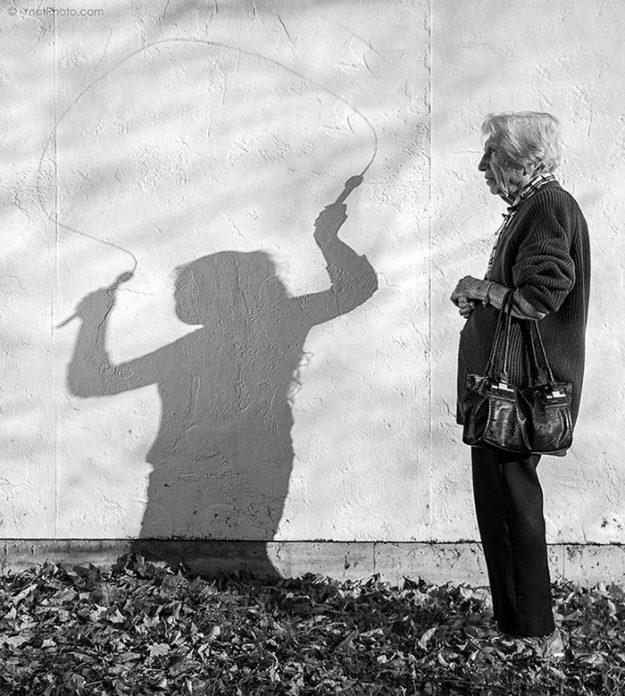 старушка на фотографиях