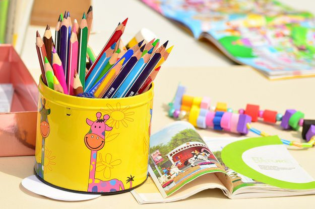 colored-pencils-1506589_1280