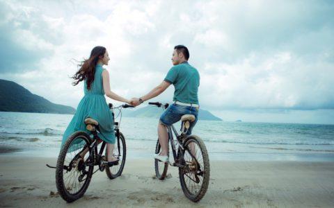 Жизненные приоритеты: постоянные отношения или вечный поиск любви?