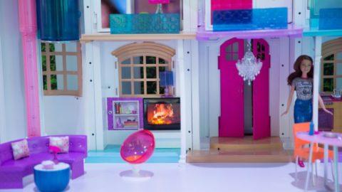 Куклы Барби теперь будут жить лучше, чем многие люди
