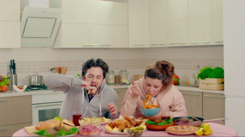 Бренд бытовой техники снял прикольную рекламу о типах современных пар