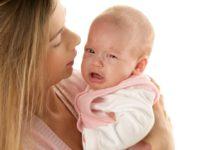5 причин, почему младенец может плакать
