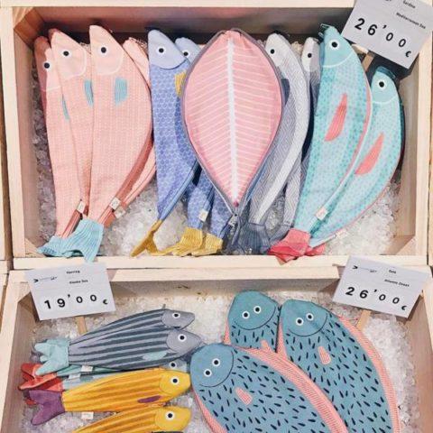Самые милые и смешные рюкзаки-рыбы, которые проглотят все ваши вещи