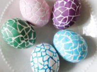 8 идей, как интересно украсить яйца на Пасху