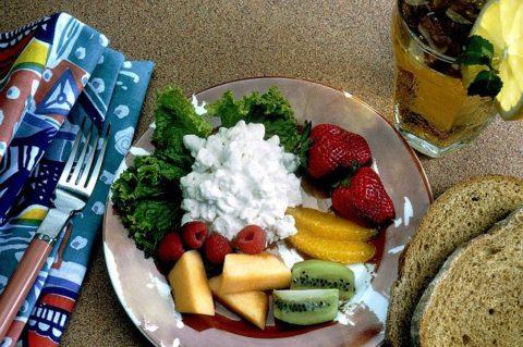3 простых рецепта приготовления домашнего творога для детей