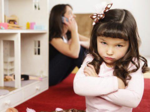 14 реальных историй, которые доказывают, что плохие няни существуют