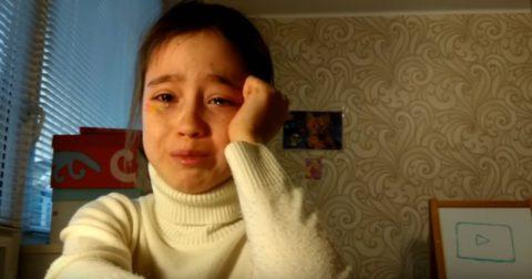Маленькая блогер Алина сняла трогательное видео о том, как никто не пришел на фанвстречу