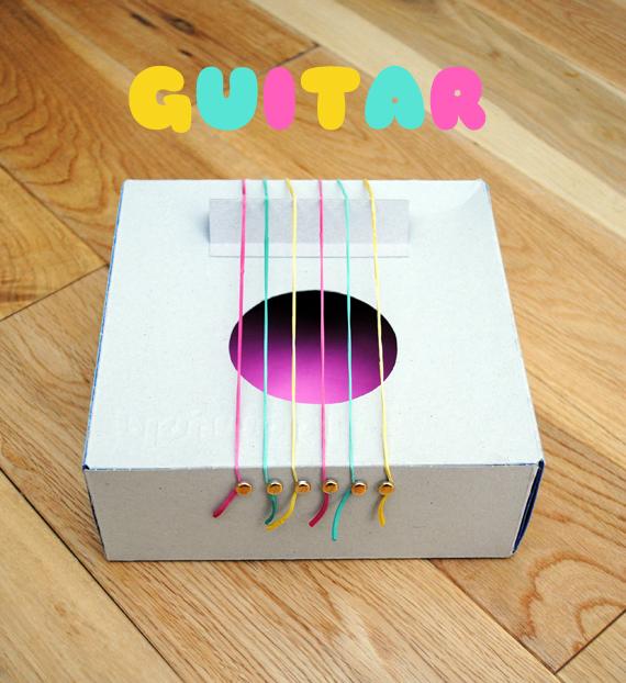 Как сделать гитару  из коробки
