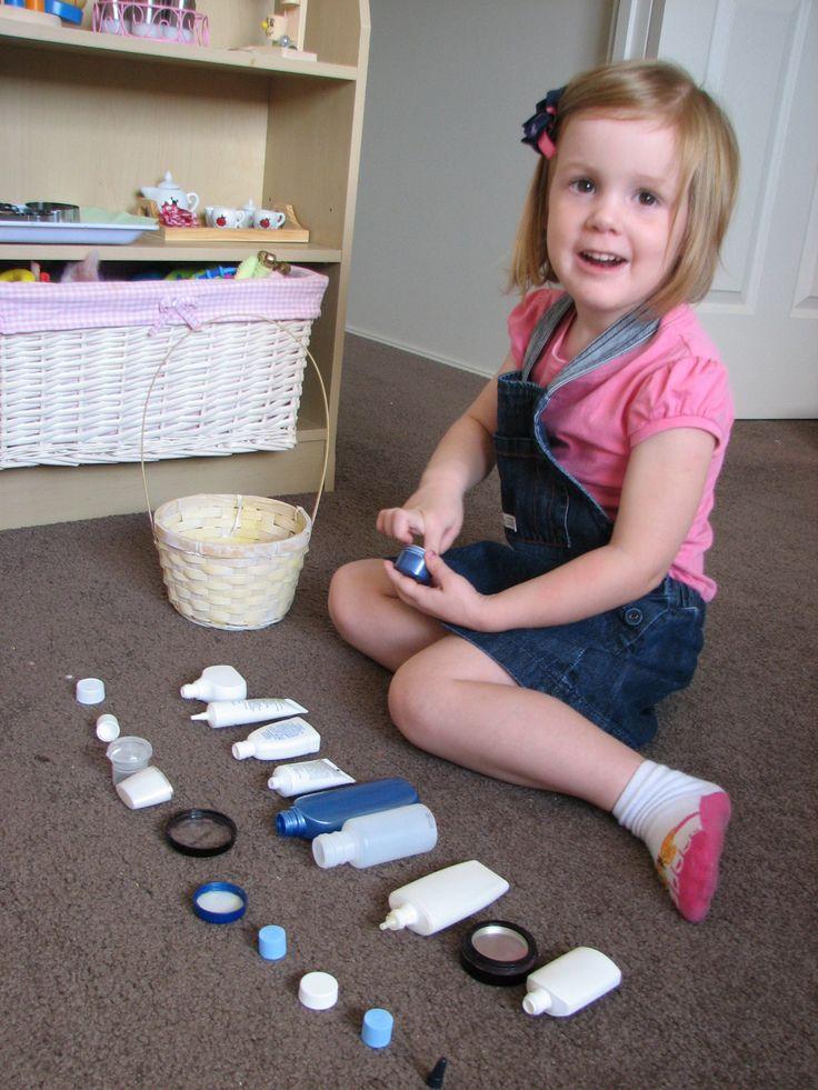 Развивающие игрушки из подручных материалов своими руками