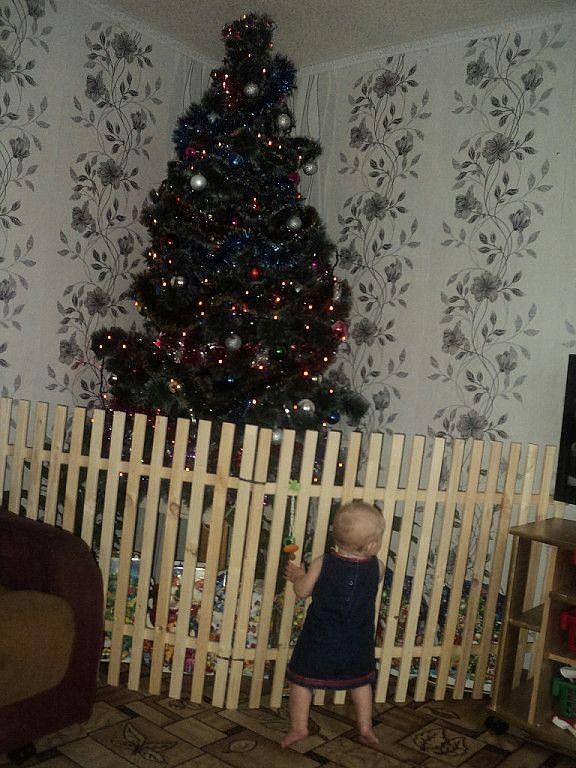 елка и дети