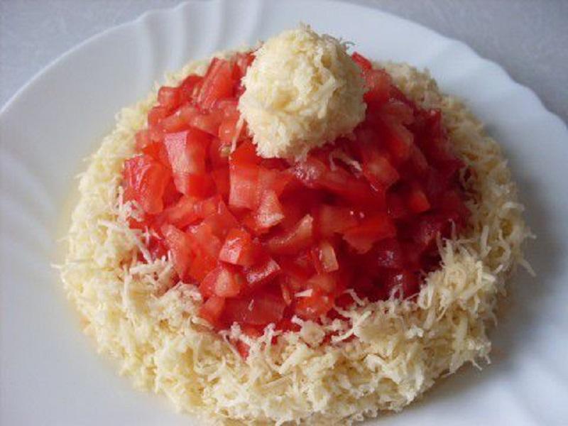 Салат шапка деда мороза с тунцом рецепт пошагово
