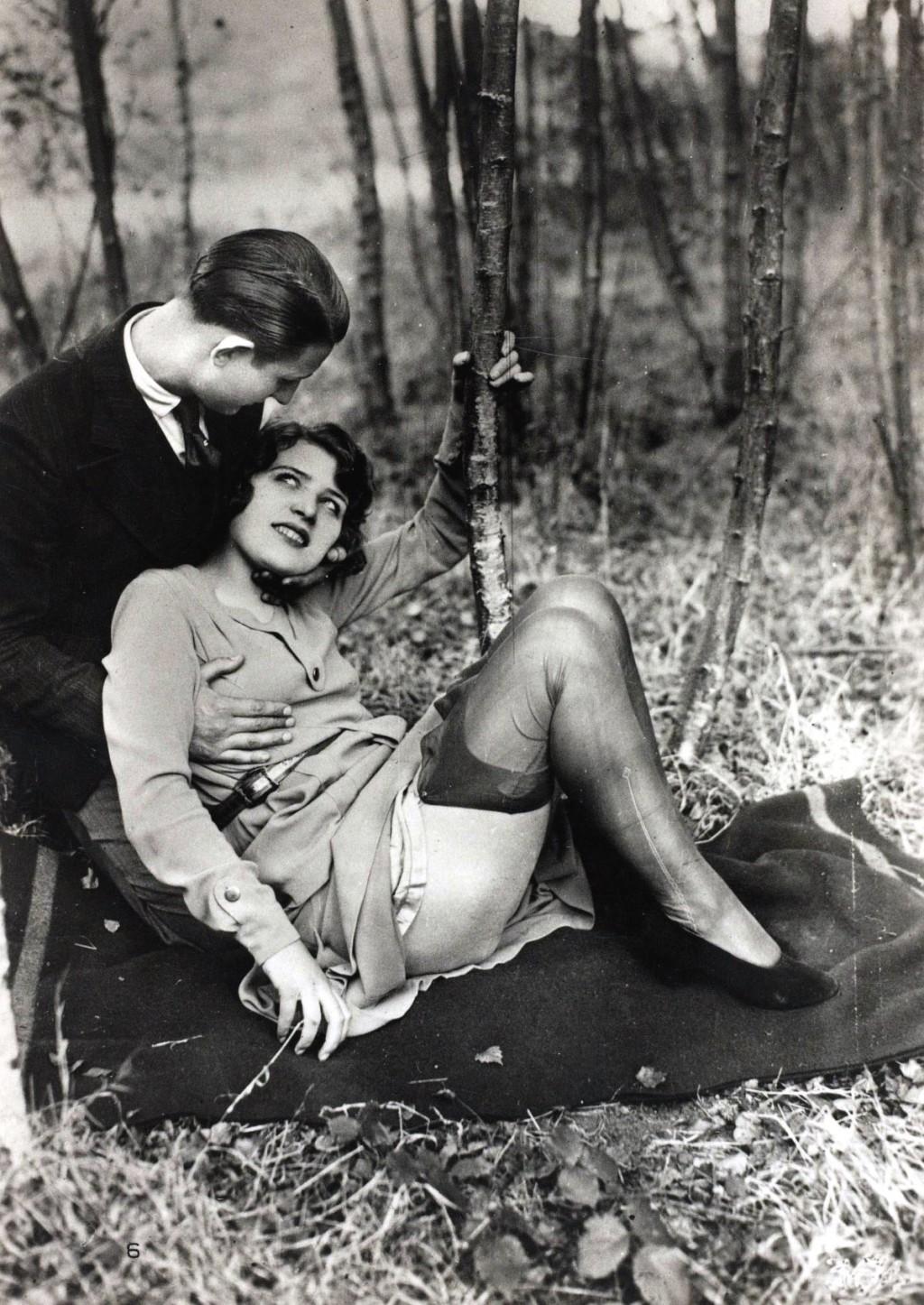Француские эротика ретро 21 фотография