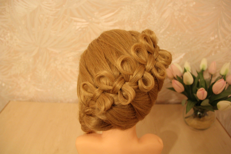 Средние волосы плетение бант