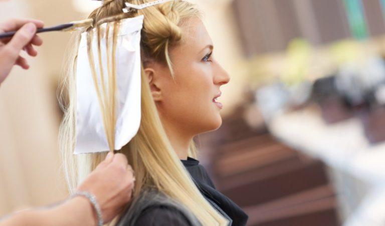 Почему нельзя беременным красить волосы