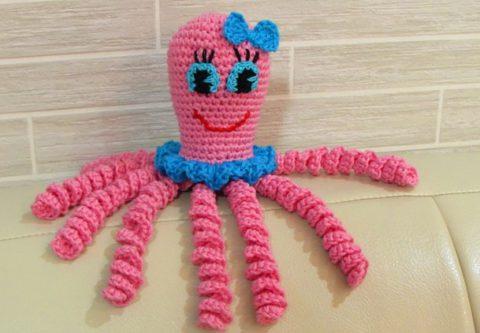Спасительные вязаные осьминожки для недоношенных малышей. Помочь так просто!