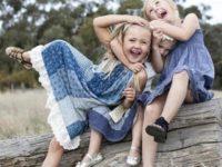 18 милейших кадров о том, как здорово, когда у ребенка есть брат или сестра