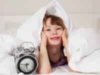 Как помочь ребенку научиться рано вставать