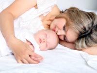 Как правильно вести себя с ребенком, или Для чего нужна мама