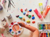 Как арт-терапия может помочь родителям справиться с детскими страхами и негативными эмоциями