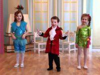 Почему утренник в детском саду не должен напоминать шоу талантов